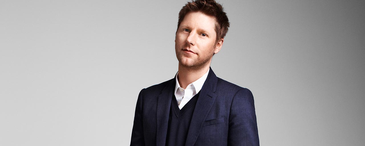 Burberry boss Christopher Bailey takes 75% pay cut