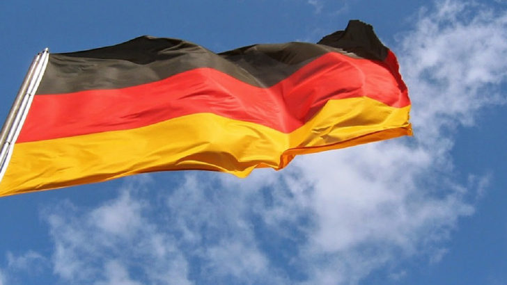 German unemployment rate falls to record low