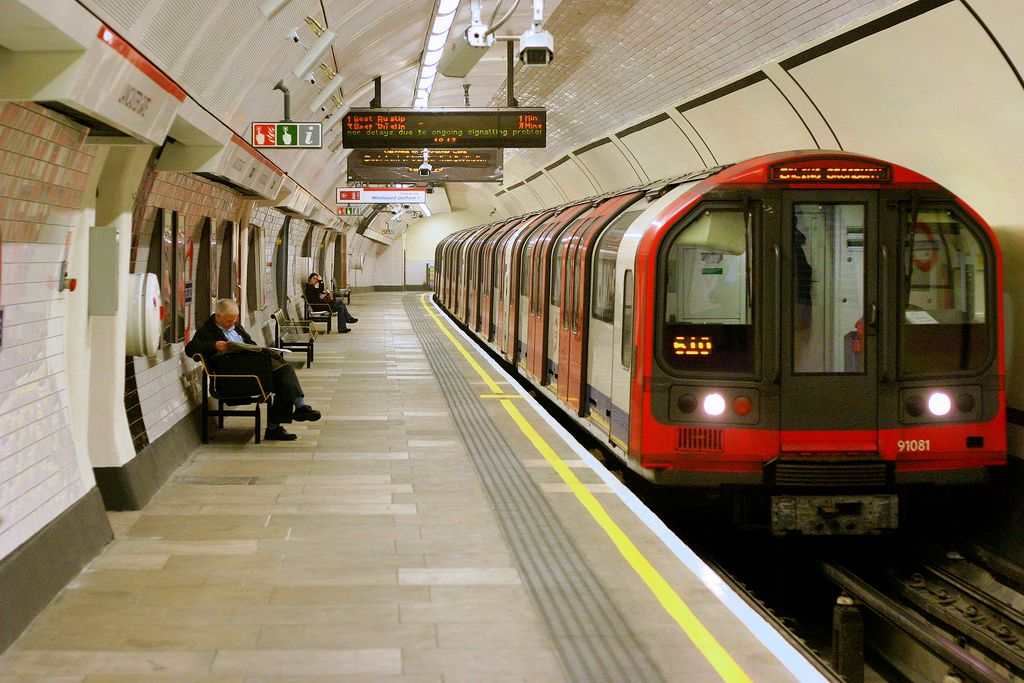 Tube strike action over pay to go ahead