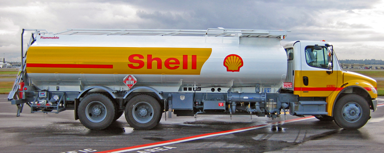 Shell is struggling with the tanking oil price