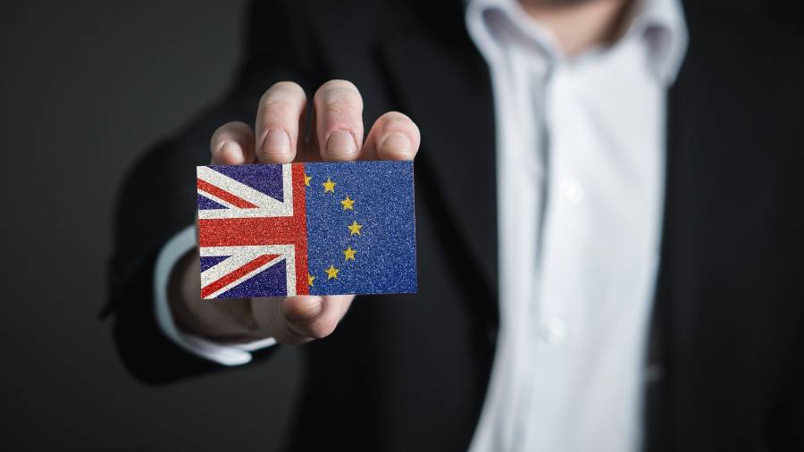 What must HR do to prepare for the Brexit deadline?