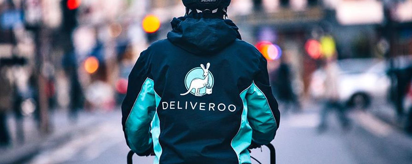 Deliveroo apologises for minimum wage row