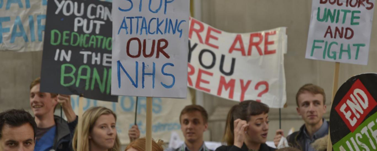 Junior doctors campaigning against the new contrct