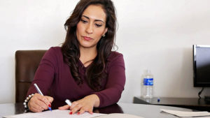 Women more nervous than men about idea of returning to work