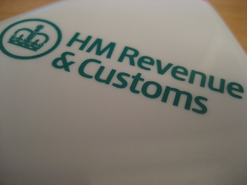 P45 tax form is given a reprieve by HMRC