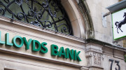 Lloyds bank to axe 3,000 jobs and double branch closure plan
