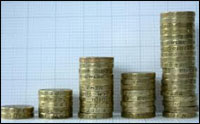 Private sector pay expected to exceed public sector by 2016