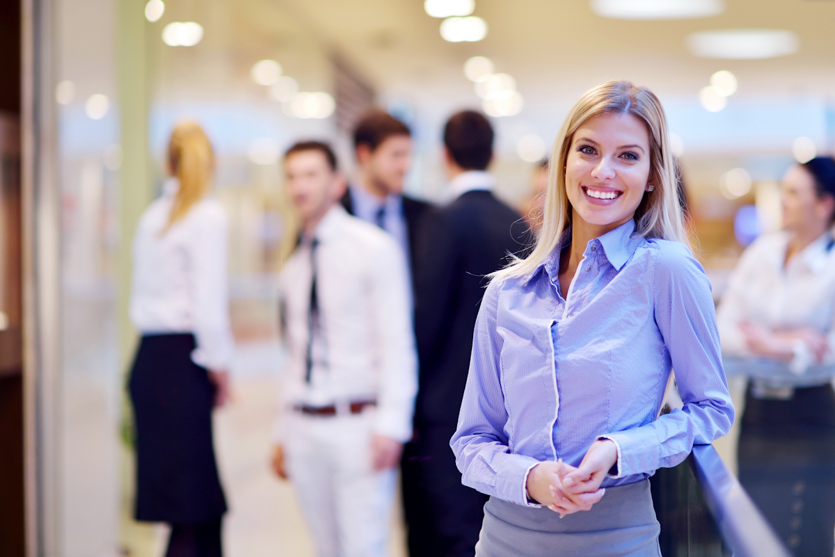 women finally outnumber men in applying for financial jobs hrreview shutterstock 129822215
